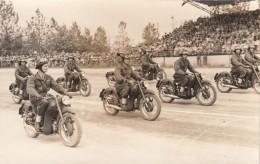MOTO-FOTO-PHOTO ORIGINALI 100%-CORSE-GARE-MOTOCICLISTI-MAK TT100_20/5/1950-2 SCANN- - Motorräder
