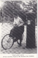 PILLAR BOX & POSTLADY  C1916 - BICYCLE -  (issued By The Letter Box Study Group)  - England - Post