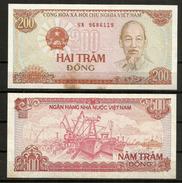 Deux Billets Neufs ** UNC  700 Dong Vietnam - Vietnam