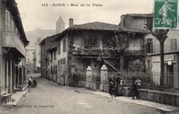 "CPA -   AUBIN  (12)   Rue De La Poste -  Banderole  "" Vive Jeanne D'Arc "" - Zonder Classificatie"