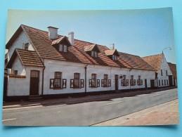KAPELLE-HOEVE ( Ed. Daneels ) Anno 19?? ( Zie Foto Voor Details ) !! - Beerse