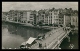 FRANÇA - BAIONA - Pont Sur La Nive Et Les Quais ( Ed. L. C. Nº 526) Carte Postale - Bayonne