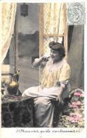 [DC3343] CPA - DONNA - SERIE INDISCRETION N° 3 - Viaggiata - Old Postcard - Femmes