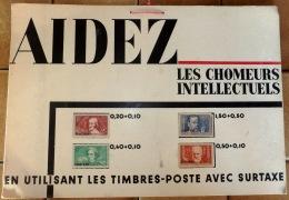 4 TIMBRES CHOMEURS INTELLECTUELS SURCHARGÉS SPÉCIMEN SUR CARTON DE LA POSTE- 330 B A 333 B-  COTE 600 E- 2 SCANS - Francia