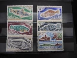 TAAF - Lot De Bonnes Valeurs Toutes Luxes - A Voir - P20811 - Unused Stamps