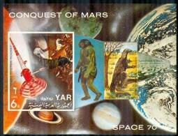 Yemen 1971 Souvenir Sheet Prehistoric Man And Dinosaur, Space #294A - Yemen