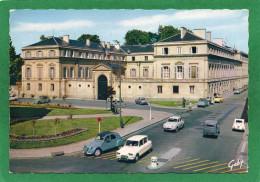 14 CAEN .L'HOTEL DE LA PREFECTURE Trés Animée CPSM Année 1962 Voitures D'époque 3CvCitrôen, Dauphine, 2Cv - Caen