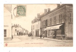 CPA 28 TOURY Rue Nationale Centre Animation Magasins Maisons - France