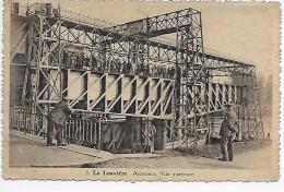 2.La Louvière :Ascenseur.Vue Intérieure - La Louvière