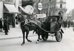 France Paris Transports Urbain Taxi Fiacre A Cheval Journal Le Matin Ancienne Photo Aubry 1941 - Cars