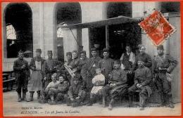 Top CPA 61 ALENCON Orne - Les Vingt-huit Jours, La Cantine ° Edition Peslier-Greslebin * Militaria Militaire Militaires - Alencon