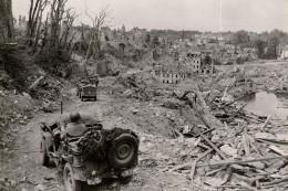 Cpm Bénouville , Le 8 Juin 1944 Planeur Horsa Près Du Pont Du Canal De Caen - France