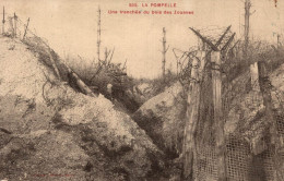 LA POMPELLE UNE TRANCHEE DU BOIS DES ZOUAVES - Guerra 1914-18