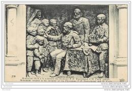 BERCK PLAGE MONUMENT ELEVE A LA MEMOIRE DES DOCTEURS PERROCHAUD ET CAZIN - Berck
