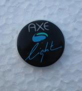 AXE Light - Rare - Pins Occasion En Porcelaine De Limoges - Perfume