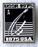 Soyuz Apollo 1975 USSR-USA Space Flight Specular Pin - Space