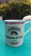 Tasse Mug Tir A L Arc Championnat De France Tir En Salle  Chartres 2 3 4 Mars 2012 - Tiro Al Arco