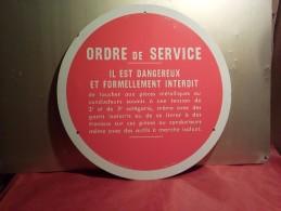 "ANCIENNE PLAQUE  ALU-METAL  CATU Diamètre 30 Cm ""  ORDRE DE SERVICE "" - Other Collections"