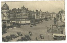 CPA Orléans,place Du Martroivers Les Banques Et Le Grand Café, N°83, Postée En 1946 - Orleans