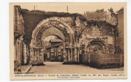 IVRY LA BATAILLE - PORTAIL DE L' ANCIENNE ABBAYE - CPA VOYAGEE - Ivry-la-Bataille