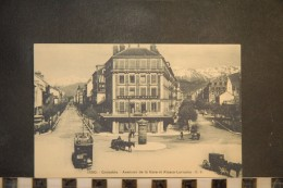 CP, 38, GRENOBLE, Avenues De La Gare Et Alsace Lorraine, Animée, 1550 - Grenoble