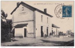 37) MANTHELAN (Indre Et Loire) La Gare - (animée) - France