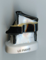 "FEF - FEVE - FEVES -  ""LES INSTRUMENTS DE MUSIQUE III"" 2004 - LE PIANO - Autres"