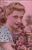 Jeune Femme - Bouquet - Feiern & Feste