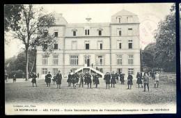 Cpa Du 61   Flers école Secondaire Libre De L' Immaculée Conception -- Cour De Récréation JIP11 - Flers