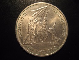 KM#38 1972A Cooper Nickel 10 Mark 1972 Buchenwald Memorial East Germany DDR D.D.R. - [ 6] 1949-1990 : RDA - Rép. Démo. Allemande