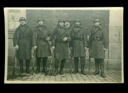 Militair  Soldats  Soldat  Soldaten  Soldaat Carte Photo Fotokaart - Armes Arme  Fusils  Fusil  Geweer Geweren - Personnages