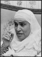 1981 Press Photo By Rachad El Koussy - Zeinab Elghazali, Egypt Muslim Women's Association  (16cm X 12cm) - Famous People