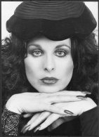 1981 Camera Press Photo - Soraya Kashoggi, Winston Churchill  (16cm X 12cm) - Famous People