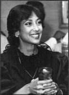 1983 Press Photo - Jihan Sadat Egypt (16cm X 12cm) - Famous People