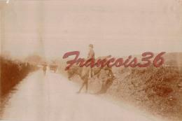 Chasse à Courre à Biarritz Et Alentours En 1907 - Cavalier Traversant Une Route - Pays Basque - Lieux