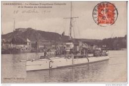 50 CHERBOURG LE CONTRE TORPILLEUR CATAPULTE ET LE BASSIN TRES ANIMÉES CPA BON ÉTAT - Cherbourg
