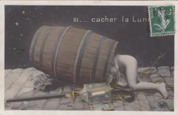 """CPA  ENFANT Nu Dans Un Tonneau   """"Cacher La Lune"""" - Scènes & Paysages"""