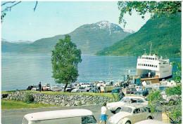 Fähre KINSARVIK - Hardangerfjord/Norwegen (mit Alten Autos)