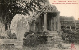 CAMBODGE - Angkor Thom - Péristyle Central De L'enceinte Extérieure - Cambodge