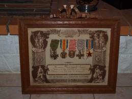 Vends RARE  Cadre De 5 Médailles  D´un Poilu 14/18 - 1914-18