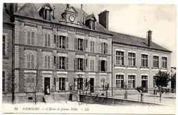 CPA 77 ( Seine Et Marne ) - NEMOURS - L'Ecole De Jeunes Filles - Nemours