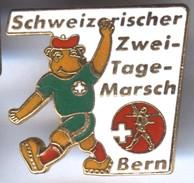 Pin´s Ville BERN BERNE En SUISSE Schweizerischer Zwei Tage Marsch - Città
