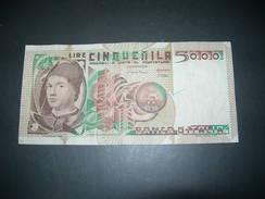 Italia. 5000 Lire - Italië