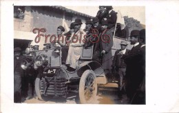 Carte Photo : Camion DAIMLER BENZ De 1900 - Allemagne - Militants Pendant Un Période électorale? Gentleman Chapeau Melon - Camions & Poids Lourds