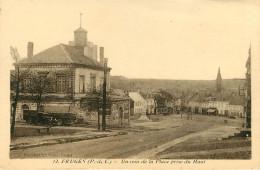 Dép 62 - Fruges - Un Coin De La Place Prise Du Haut - état - Fruges