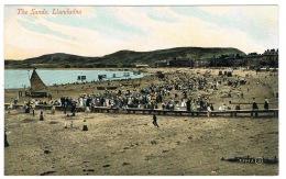 RB 1119 - Early Postcard - The Sands & Crowds - Llandudno Caernarvonshire Wales - Caernarvonshire