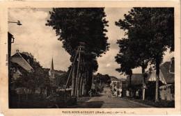 VAUX SOUS AUBIGNY (52) Route..... Légère Coupure En Bas Coin Gauche émoussé - Carte Postée - Autres Communes