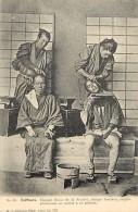 Ref L647- Metiers - Metier -coiffure -coiffeur -chine -china  Or Japon - Japan ????-coiffeurs -carte Bon Etat - - Non Classés