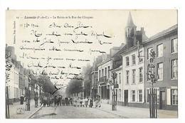 LAVENTIE  (cpa 62)  La Mairie Et La Rue Des Clinques-   - L 1 - Laventie