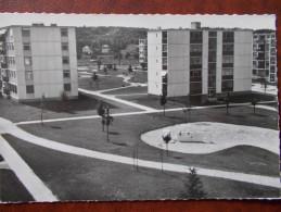 78 - MARLY Le ROI - La Grande Terre , Les Pelouse. (Immeubles, HLM ) CPSM - Marly Le Roi